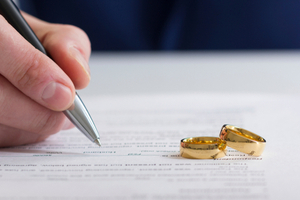 How to Save Money for a Divorce